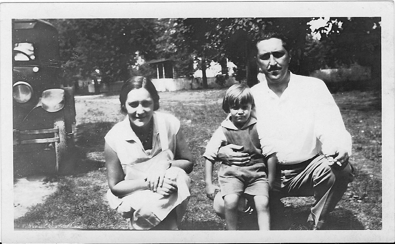 Yvonne, Gerard & Challis Dawson, 1930